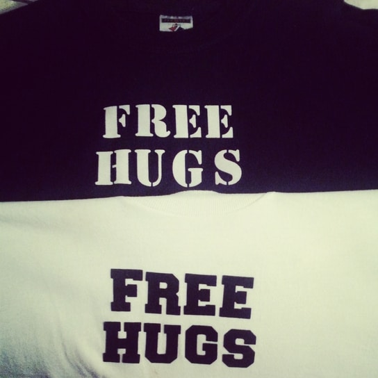 """How """"Free Hugs"""" Changed My Life & Over 75,843,597 Others"""